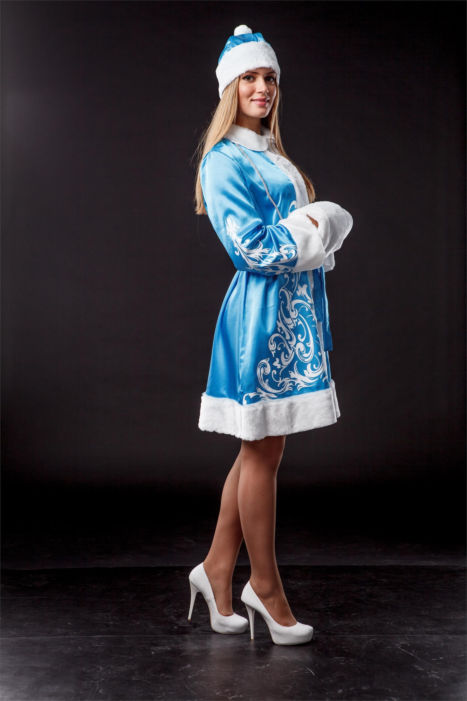 У снегурочки под платьем фото 20 фотография